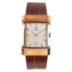 "Omega Wrist Watch ""Cinesino"" Squared Shaped 18 Carat Yellow Gold White Dial"