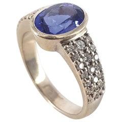 9ct White Gold Tanzanite & Diamonds Ring