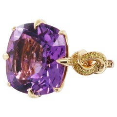 'Forget me Knot' Amethyst and Yellow Diamond Cocktail Ring in 18ct Yellow Gold