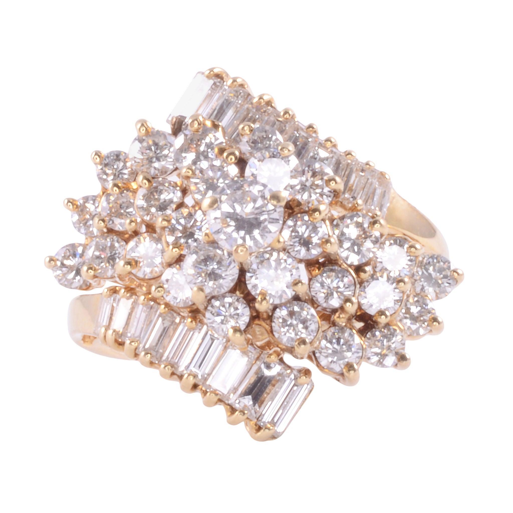 2.50 CTW VVS1-VS1 Diamond Cluster Ring