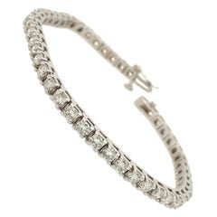 5.50 Carat Round Brilliant Cut Diamond Tennis Bracelet in 14 Karat White Gold