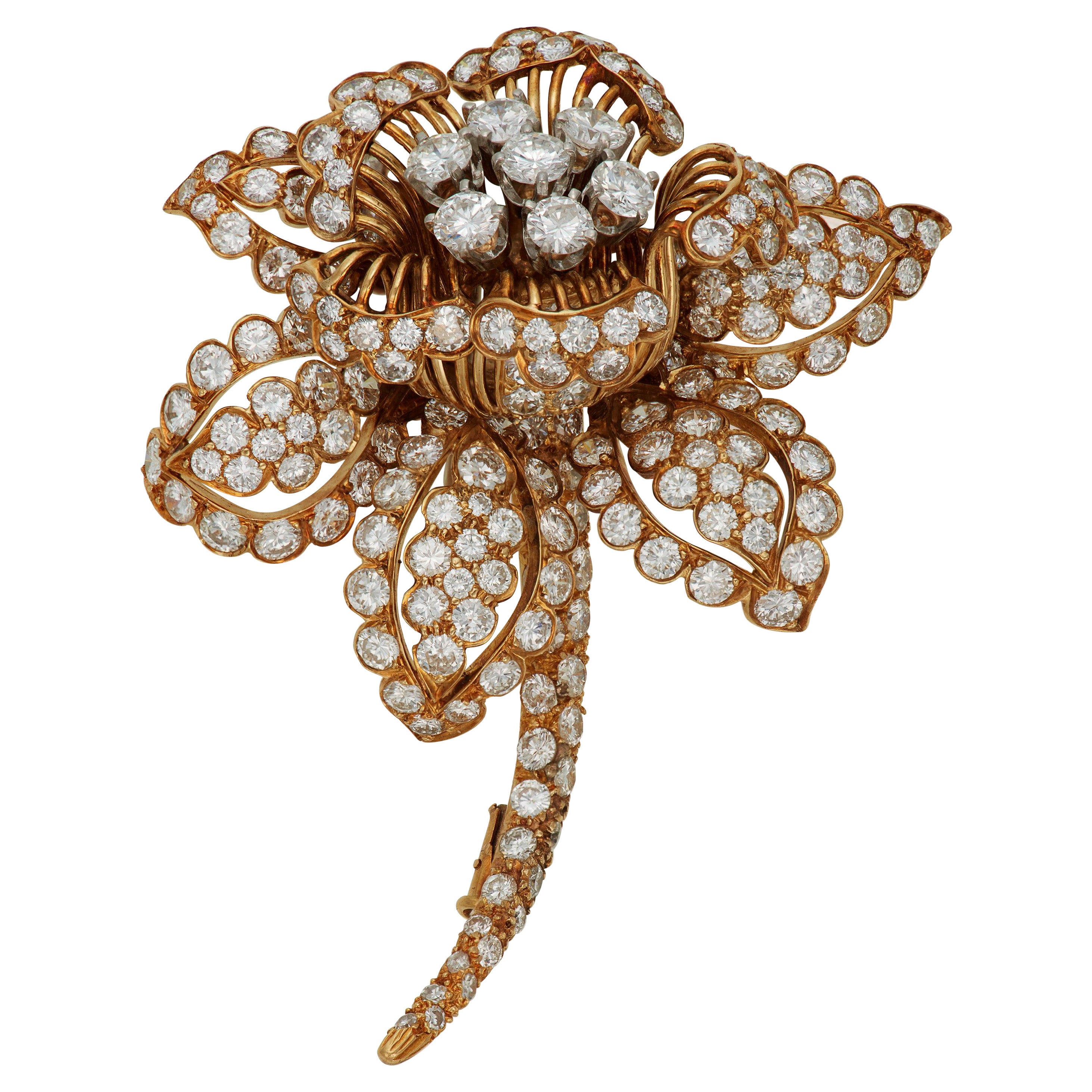David Webb, a Magnificent Signed Diamond Flower Brooch, with 184 Round Diamonds