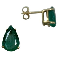 Deep Green 2.80 Carat Emerald Yellow Gold Earring Studs Pear Teardrop Cut