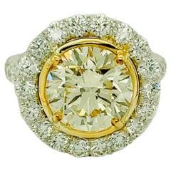 Round Yellow Diamond Ring 4.01 Carat, Set in Platinum/18 Karat Yellow Gold