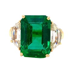 Emilio Jewelry 10.14 Carat Certified Colombian Emerald Ring