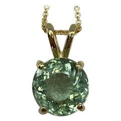 Fine Vivid Green Blue Aquamarine 2.50 Carat Round Cut Yellow Gold Pendant