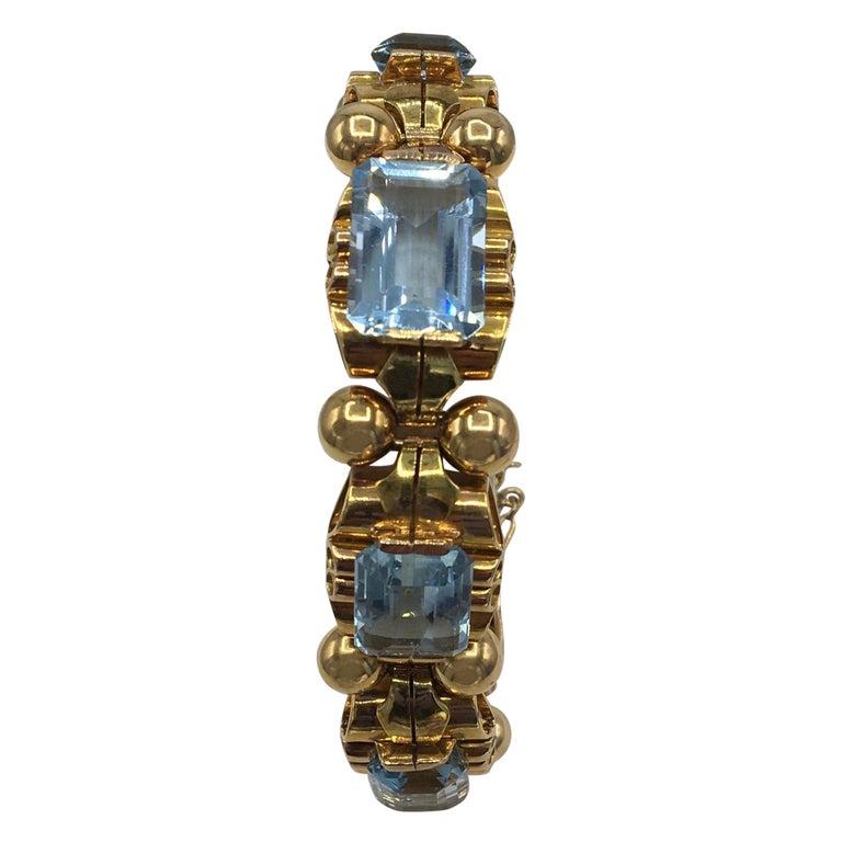 Retro Aquamarine 18 Karat Rose Gold Bracelet For Sale