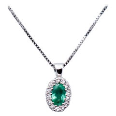 Emerald, White Diamonds, 18 Karat White Gold Pendant Necklace