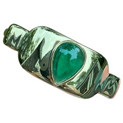 AGL Certified 8 carat Colombian Emerald and Gold Bracelet Cuff