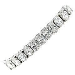 GIA Certified Oval Diamond 20.07 Carats Tennis Bracelet