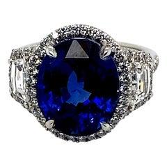 Platinum Ring with 9.56 Carat, Royal Blue Ceylon Sapphire