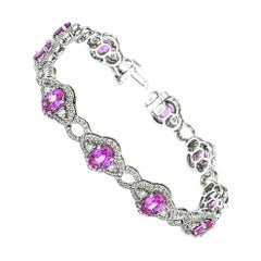 Pretty 18 kt White Gold with Pink Sapphire and Diamond Bracelet