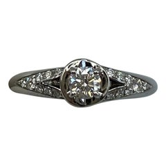 Bvlgari Diamond 0.25ct Incontro d'Amore 18 Karat White Gold Ring E VVS1