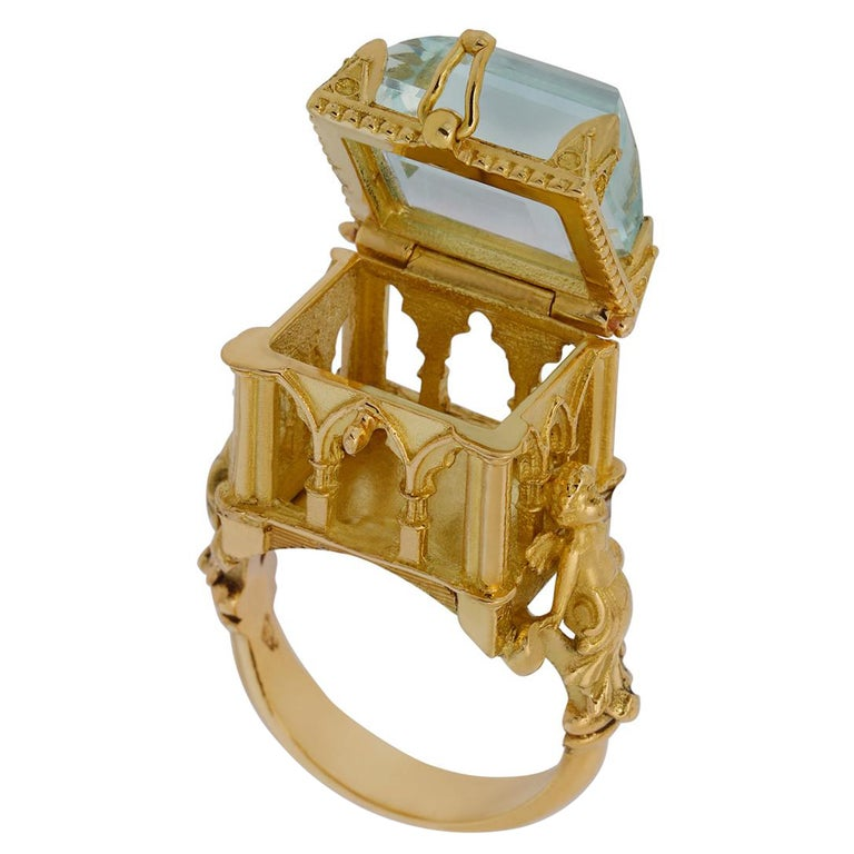 Galerie des Glaces Cathedral Poison Ring in 18 Karat Yellow Gold with Aquamarine