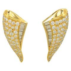Charles Krypell 18k Yellow Gold Diamond Clip Earrings