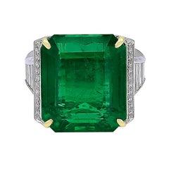 19.09 Carat African Emerald and Diamond Ring