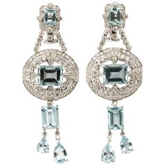 Elegant Pair of Aquamarine Diamond White Gold Dangle Earrings