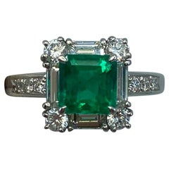 GIA Certified Fine Green 2.23ct Colombian Emerald & Diamond Platinum Halo Ring