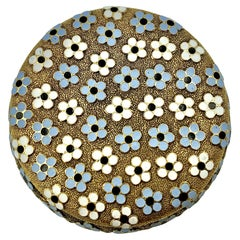 Antique 18K Yellow Gold Multicolored Enamel Forget Me Not Flowers Pill Box