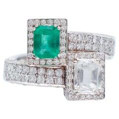 Emerald, Diamonds, 14 Karat White Gold Contrarié Ring