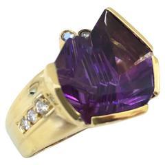 Bernd Munsteiner for H.Stern Amethyst Diamond Yellow Gold Ring