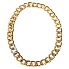 Choker Necklace in 18 Carat Yellow Gold and Diamonds