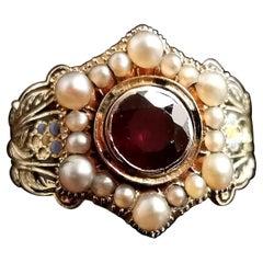 Antique Mourning Ring, 18 Karat Gold, Enamel, Pearl and Garnet, William IV