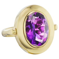 14k Solid Yellow Gold Amethyst Cocktail Ring