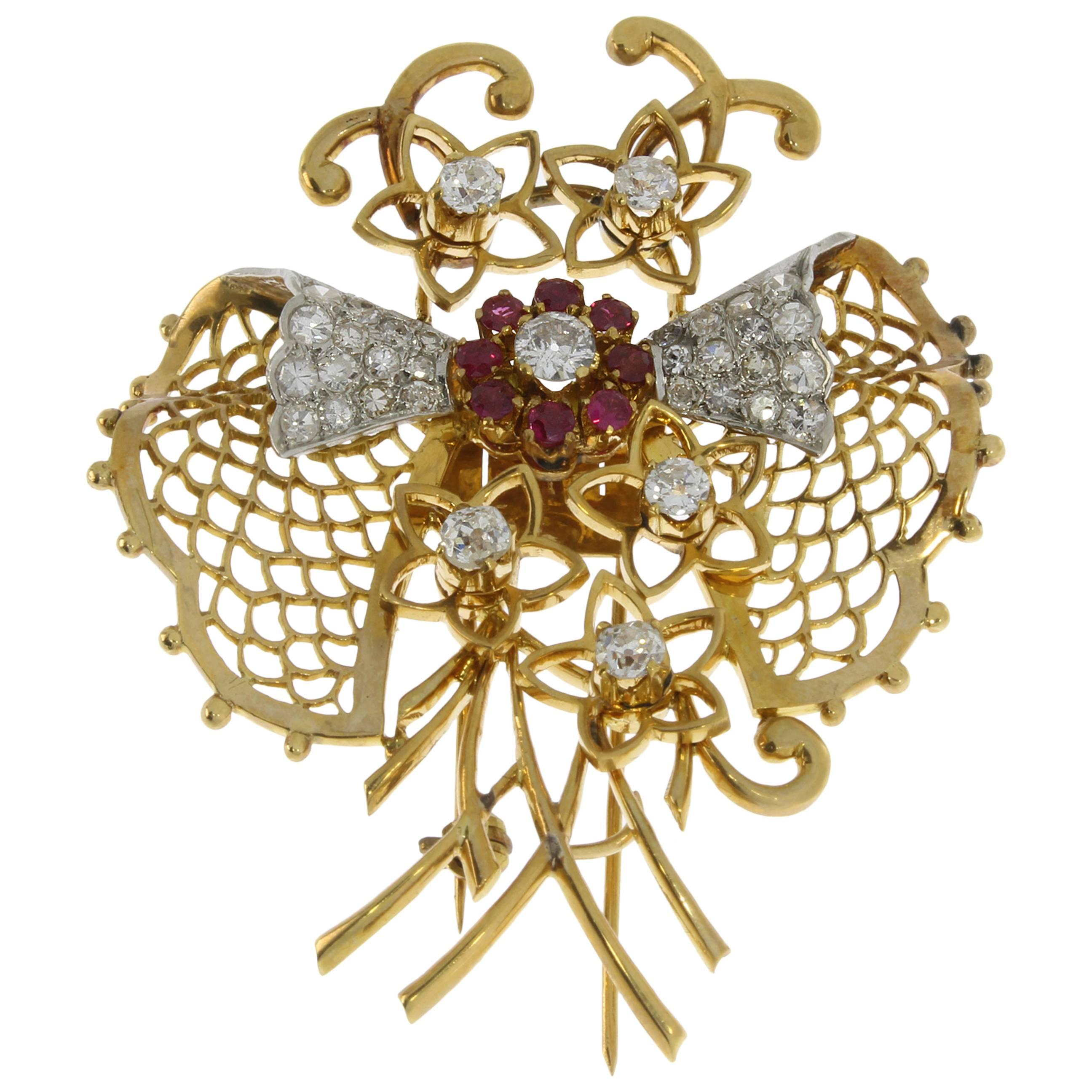1940s Ruby Diamond Gold Butterfly Brooch