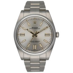 Rolex Oyster Perpetual 124300 Stainless Steel Men's Watch Box & papers