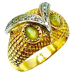 Chrysoberyl Cat's Eye and Diamond 18K Yellow & White Gold Owl Cocktail Ring