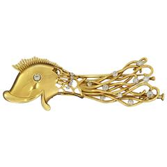 1940s Diamond Gold Fish Brooch
