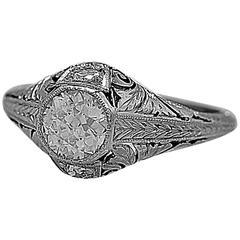 Art Deco 0.65 Carat Diamond Platinum Engagement Ring