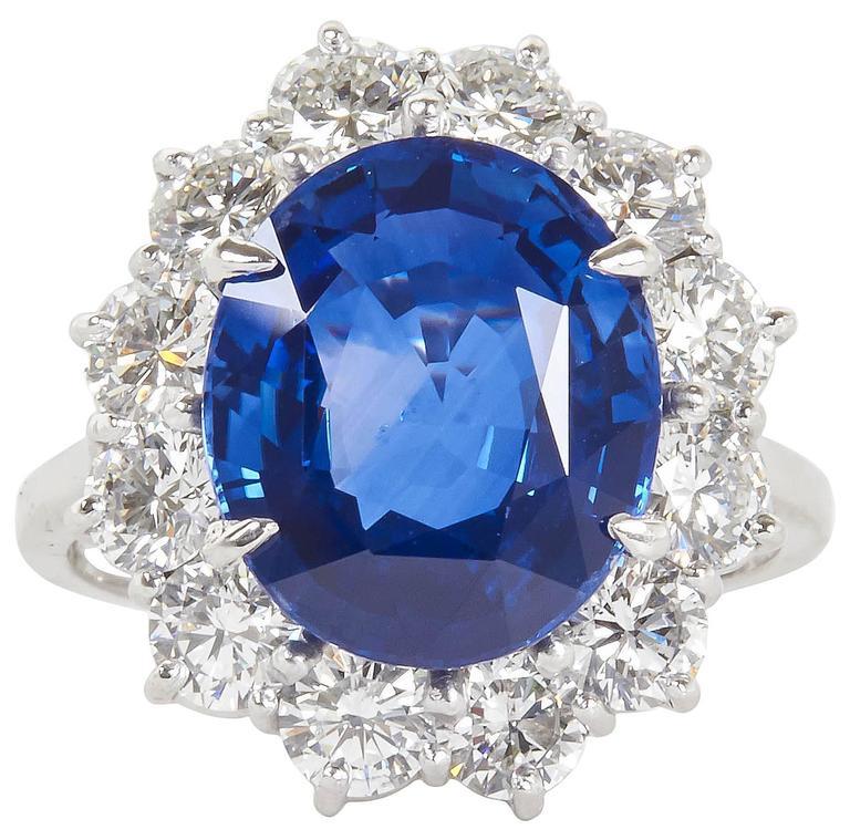 Stunning 6 Carat GIA Certified Sapphire Diamond Platinum Ring For Sale