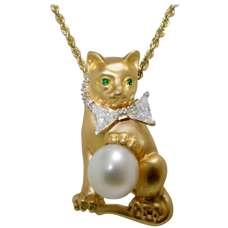 Oscar Heyman Diamond Gold Platinum Bow Tied Cat Pendant