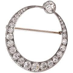 Antique Art Deco 9.45 carats European Diamond Platinum Crescent Brooch Pin