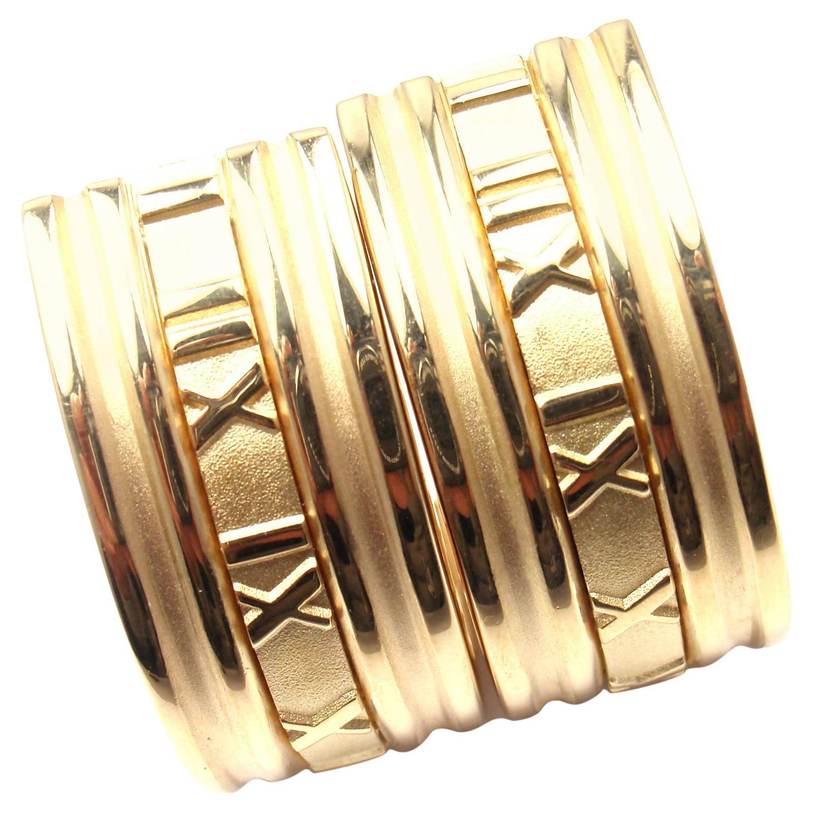 b89f26823 Tiffany and Co. Atlas Large Gold Hoop Earrings at 1stdibs