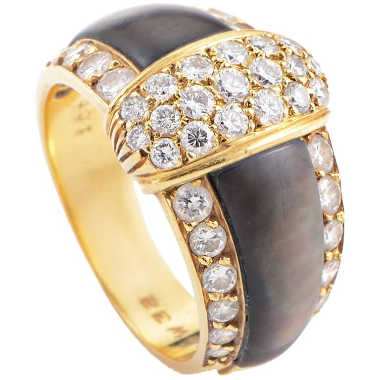 Van Cleef & Arpels Black Mother-of-Pearl Diamond Gold Band Ring