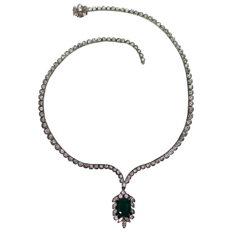 1950s Colombian Emerald Diamond Pendant Platinum Necklace