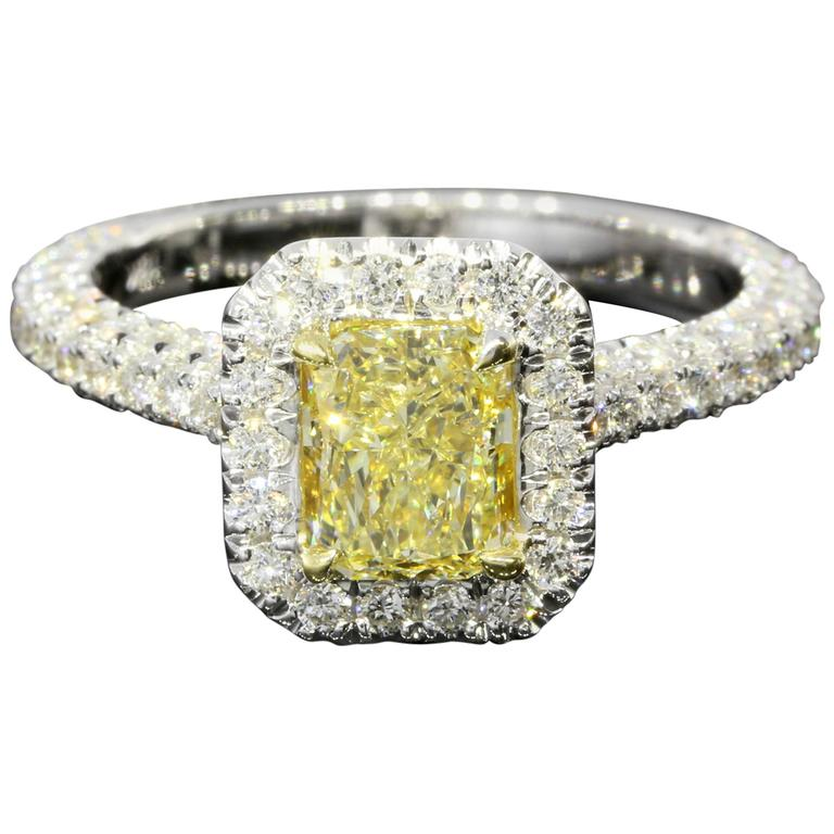 GIA Certified Canary Yellow Radiant Diamond Gold Halo Engagement Ring For Sal