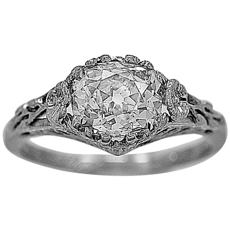 Art Deco 1.55 Carat Diamond Gold Engagement Ring