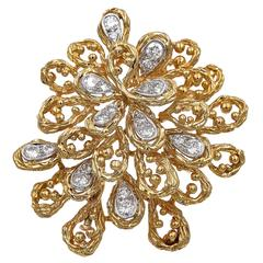 1960s Van Cleef & Arpels Diamond Gold Brooch