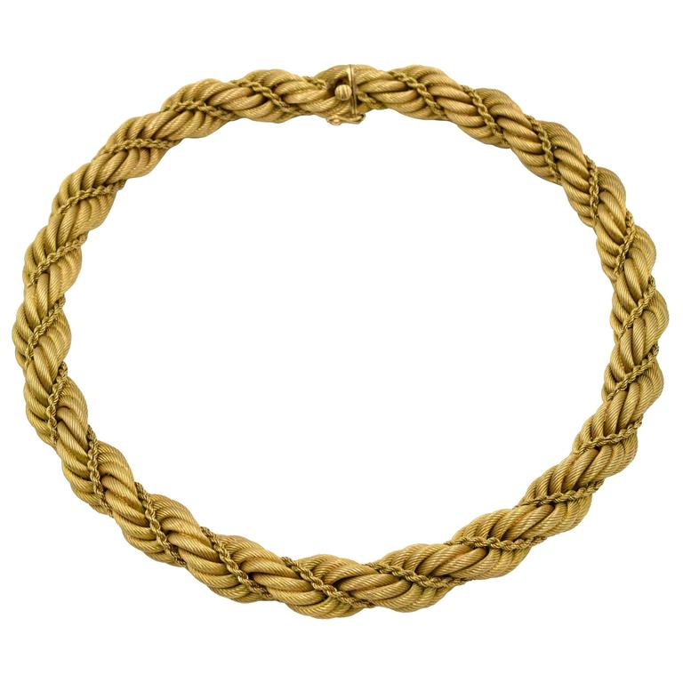 Tiffany and co gold necklace at 1stdibs for New mom jewelry tiffany