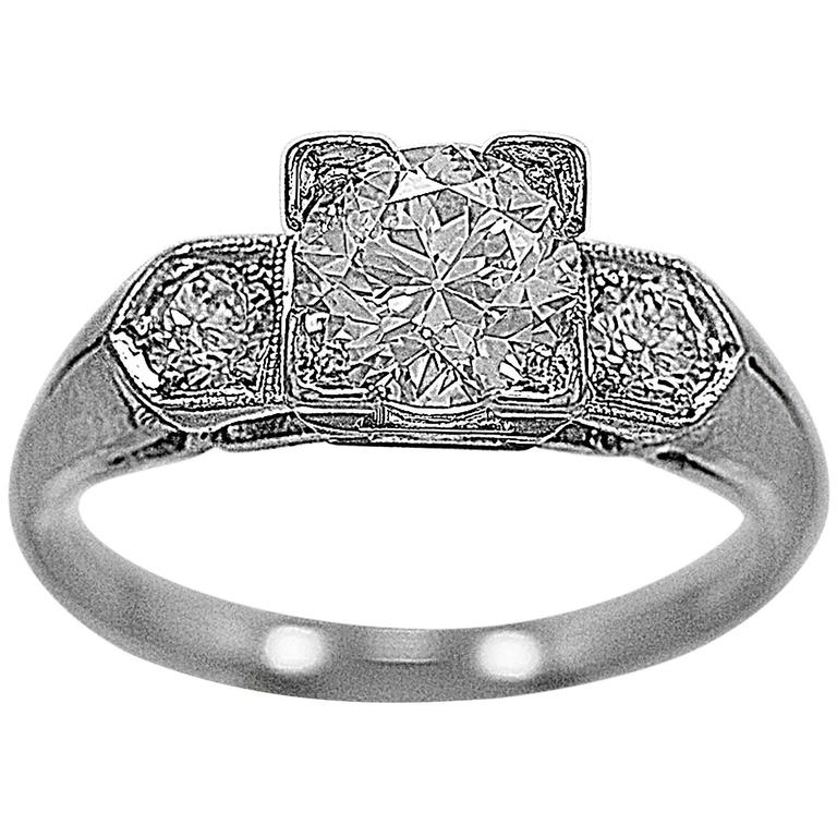 Art Deco 1.02 Carat Diamond Platinum 3 Stone Ring