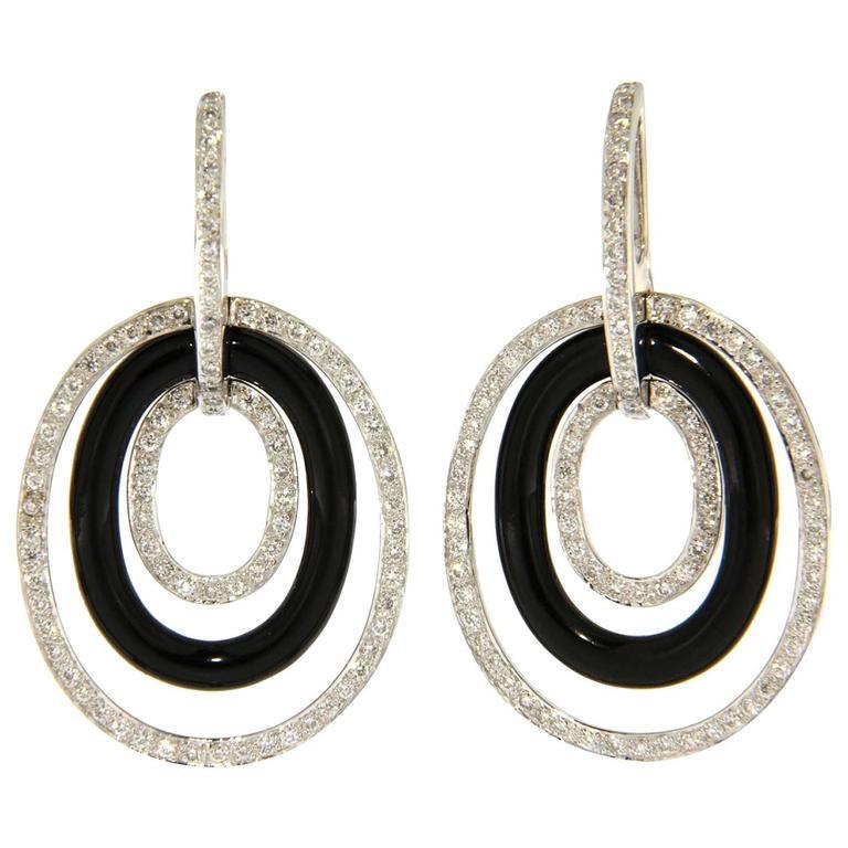 Onyx White Diamond 18 Karat White Gold Pendant Earrings
