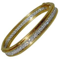 Cavelti Diamond Gold Diamond Bangle Bracelet