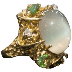 1960s Beautiful and Impressive Large Moonstone in Organic Free-Form Gold Ring