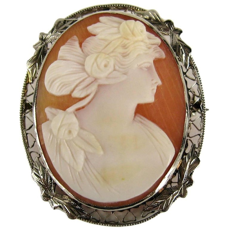 Antique Cameo Gold Brooch Pendant