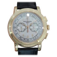 Patek Philippe Chronograph 18k Rose Gold 5070R - 5070 R-001