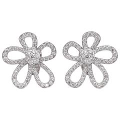 Van Cleef & Arpels Diamond Gold Flower Lace Earclips